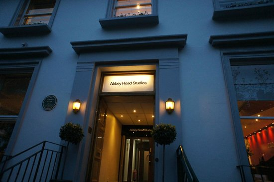 Abbey Road Studios : Вход на студию