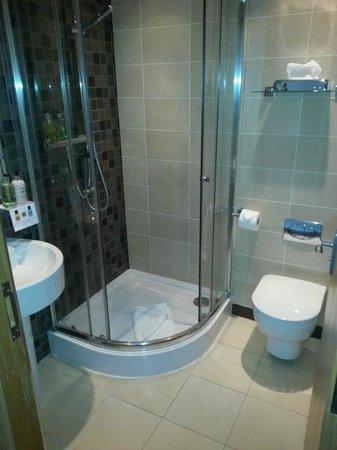 Old Loans Inn - Room - Bathroom