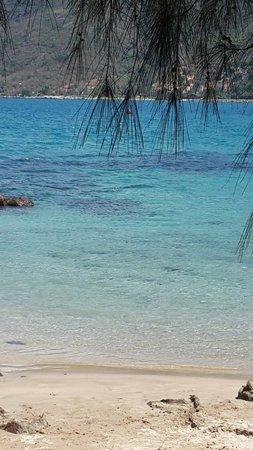 Diamond Bay Resort & Spa: Дальний пляж. Май 2014.