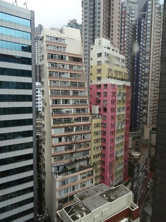 Citadines Mercer Hong Kong : The view from our room on the 17th floor