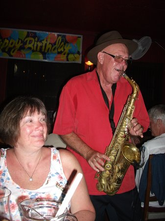 Johnny Hooper's Saxophone Bistro : Johnny giving it some