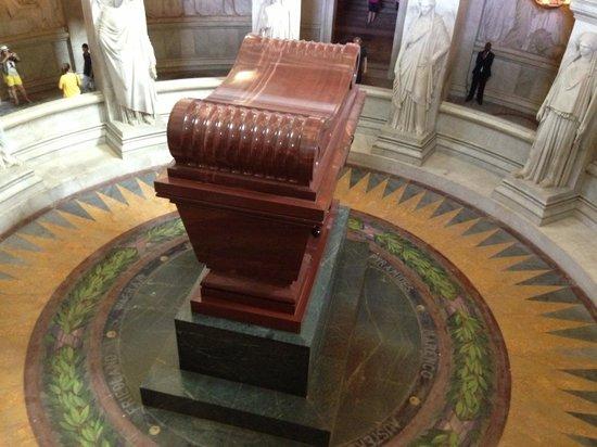 Musée de l'Armée : tomba di napoleone