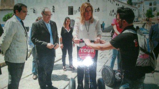 Cordoba Segway: La presidenta de la junta de Andalucía,  subida en @cordobabysegway