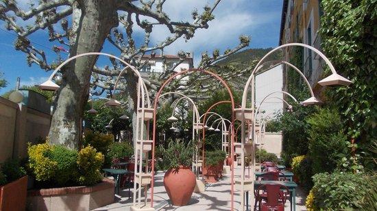 Le Grand Paris : Terrasse vor dem Speisesaal