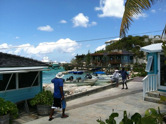 Staniel Cay Yacht Club : Some of the rental units