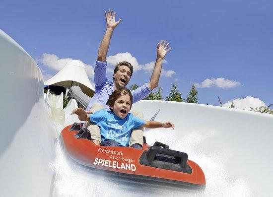 Freizeitpark Ravensburger Spieleland: Professor Knox Turbo-Boote im Ravensburger Spieleland