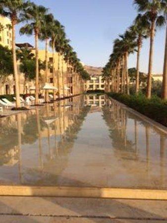 Kempinski Hotel Ishtar Dead Sea: Adult pool1