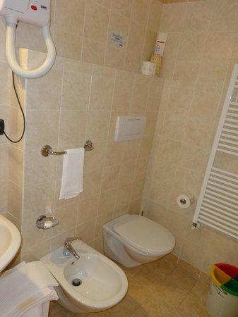 Hotel Il Saraceno: salle de bain