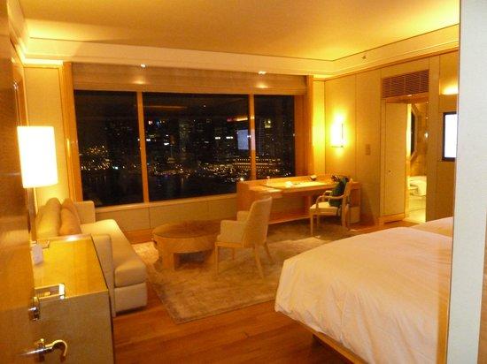 The Ritz-Carlton, Millenia Singapore : Hotel room