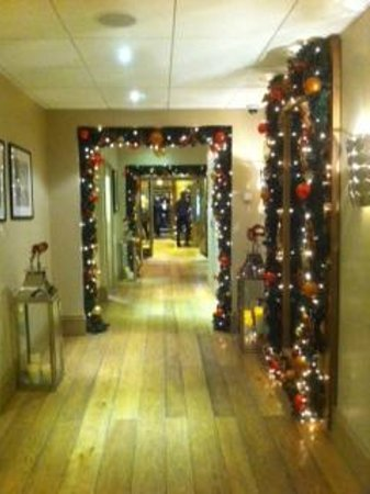 Roslin Beach Hotel: Gorgeous Christmas decorations!