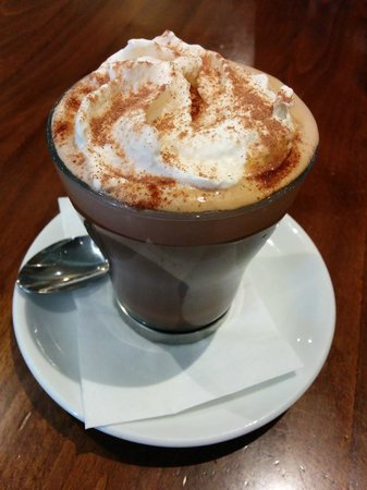 Victoria's Restaurant & Coffee Shop: Rocca Mocha