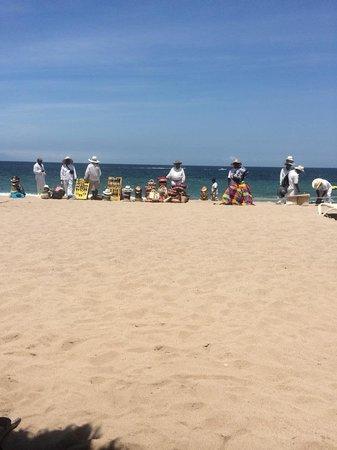 Secrets Vallarta Bay Resort & Spa: Vendors on the Beach