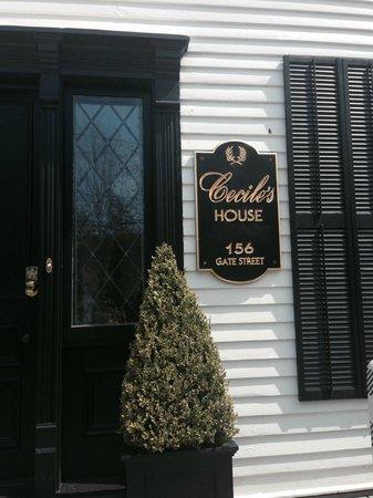 Cecile's House: Entrance