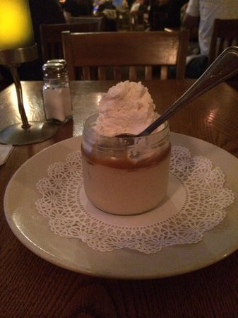 Finz Seafood & Grill : Butterscotch pudding with salted caramel