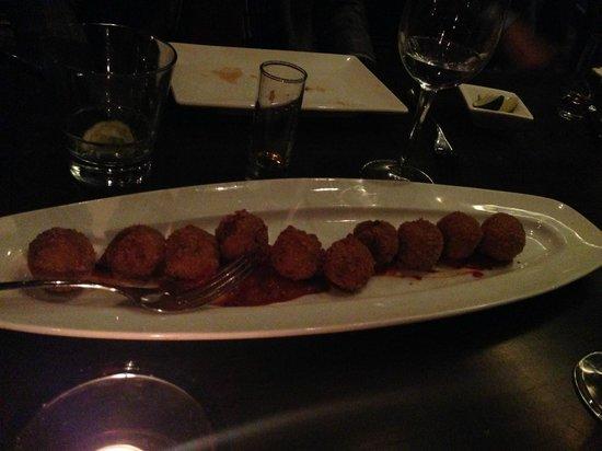 Lee Restaurant: Wild King Garlic Shrimp Part 2