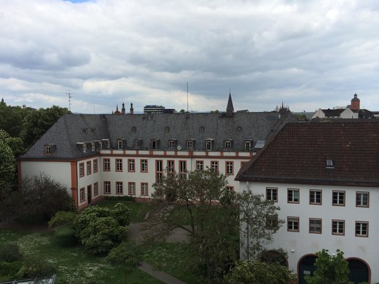 Hilton Mainz City: View