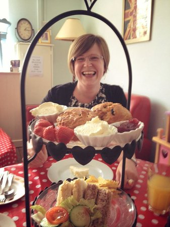 A Right Royal Tea Party: A fabulous day out with my lovely daughter