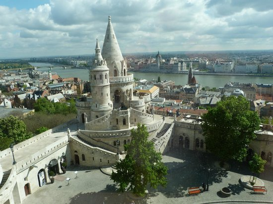 Hilton Budapest: View from 5th floor room