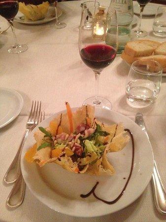 Ristorante Villa Schiatti: Вкусный салатик