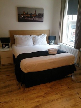 Finsbury Serviced Apartments: Bed - Studio Apartment for 2.