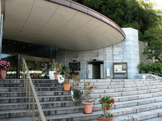 MOA Museum of Art: Главный вход