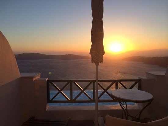 Anastasis Apartments: Sunset