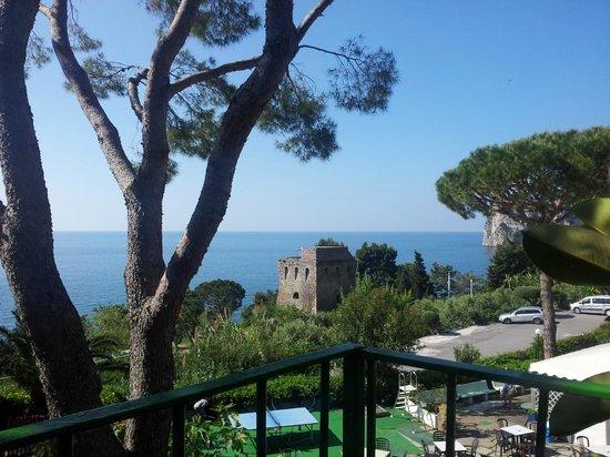 Villaggio Resort Nettuno : view from cabin 31