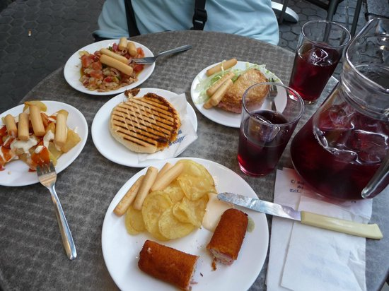 Bodega Santa Cruz: tasty tapas