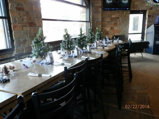 anastasias restaurant decorated tables for the bridal shower