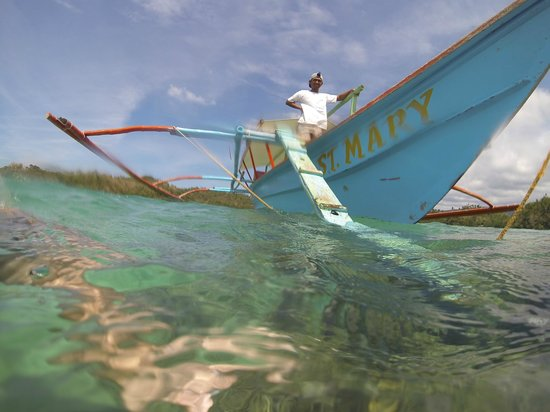 Coco Beach Island Resort : Our boatmen Emil. Great guide