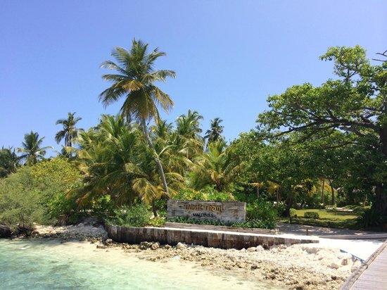 Dusit Thani Maldives: Entrance