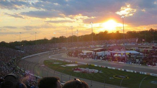 Richmond International Raceway: RIR at sunset