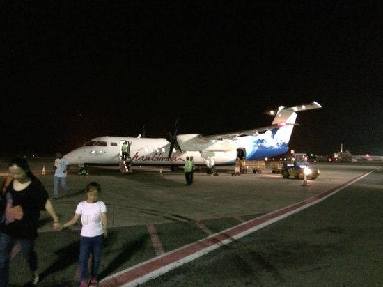 Dusit Thani Maldives: Domestic flight