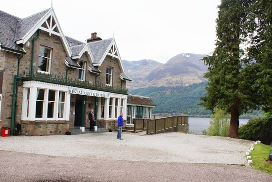 Letterfinlay Lodge Hotel: View from car park