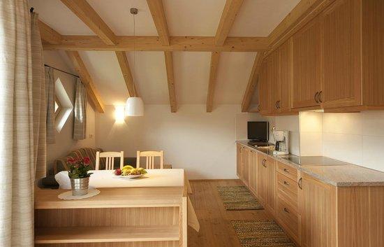 Cucina-salotto dell\'appartamento Pino cembro - Foto di ...