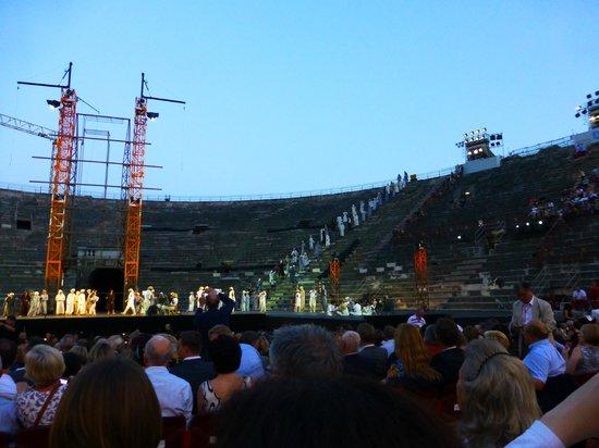 Arena di Verona: Это самое начало.. Т.Н. подготовка сцены!!