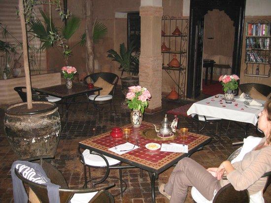 Riad Carina : Salle à manger