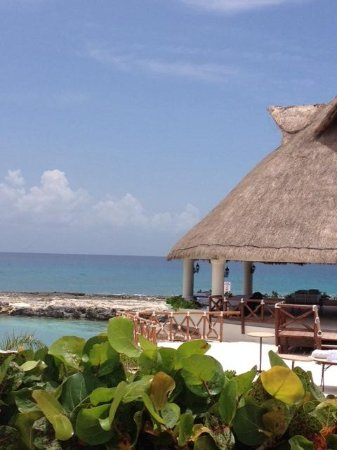Hard Rock Hotel Riviera Maya: View from our spot at the pool