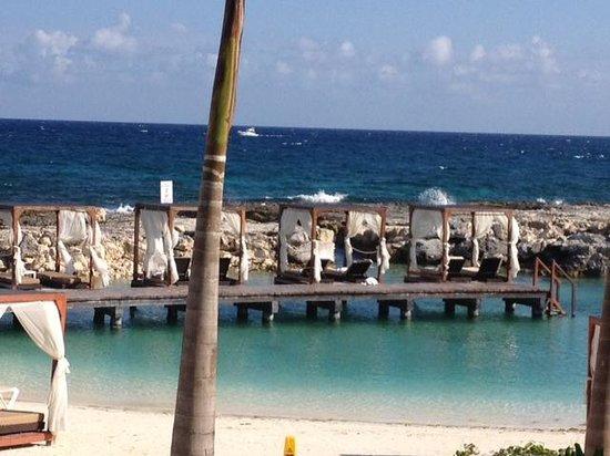 Hard Rock Hotel Riviera Maya: View of cabanas and beach lagoon