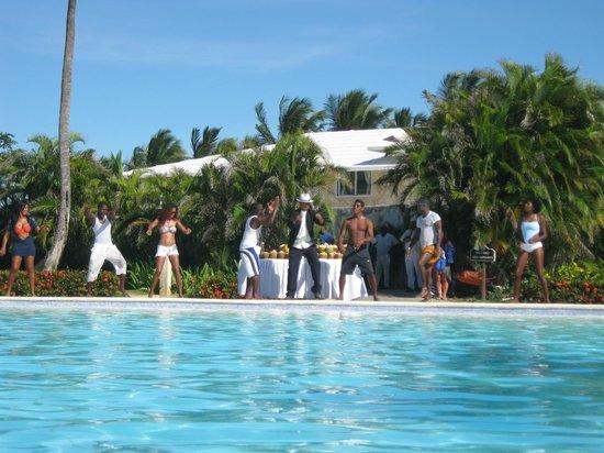 Punta Cana Princess All Suites Resort & Spa: Amination Team