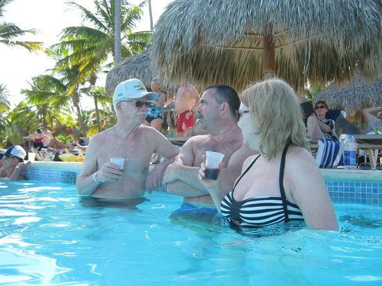 Punta Cana Princess All Suites Resort & Spa: Great friends, great conversations