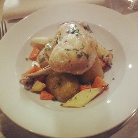 Resto Illuminati : lunch - chicken leg confit