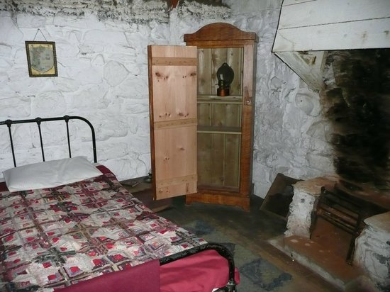 Newtonmore, UK: workers cottage