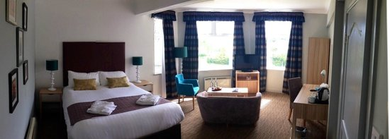 The Derwentwater Hotel: Room 152, a Double Deluxe Lake View Room
