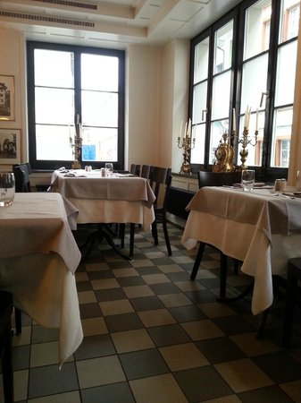 Restaurant Einhorn - Pizzeria da Tommaso: Gastraum 1. Stock