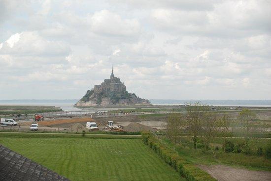 Le Relais Saint-Michel: VUE DE N/SUITE