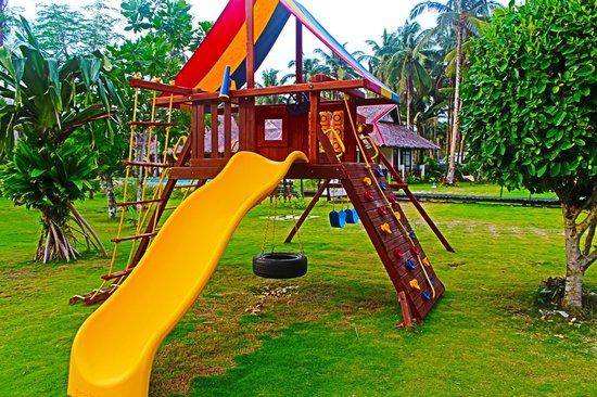 Island Dream Palm Paradise Resort: Playground