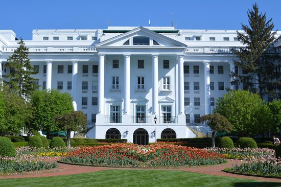 The Greenbrier: Side Entrance