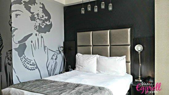 Z NYC Hotel : queen superior room 7th floor