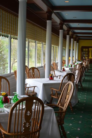 The Greenbrier: Lunch at Sam Sneads